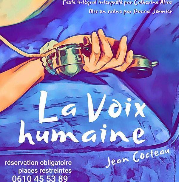 Catherine Alias donne corps à 'La Voix Humaine' de jean Cocteau.
